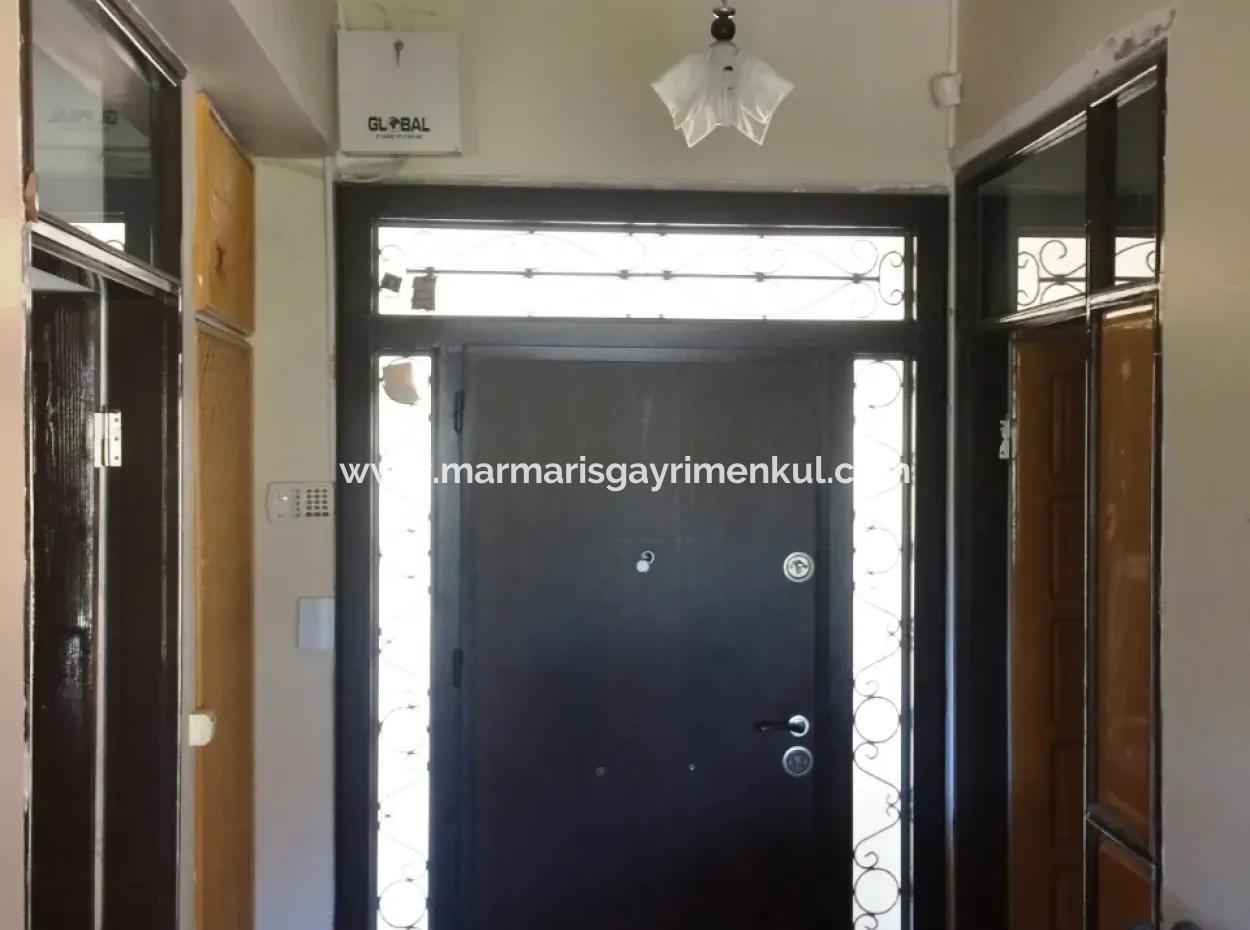 Marmaris Merkezinde 10 Odalı Havuzlu 2.500M2 Arsa İçinde Malikanemiz Satılıktır.