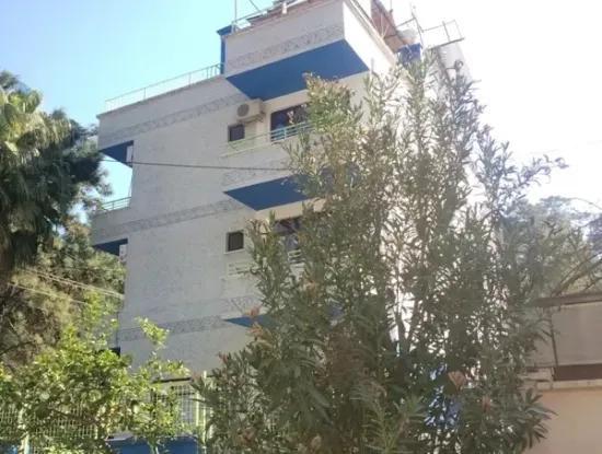 Marmaris,De Denize Yakın Satılık 11 Oda Otel Çok Acil Yüzme Havuzlu