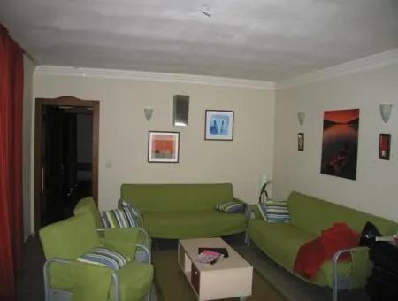 Ataköy Mahallesinde 4300M2 Çiftlik Evi Havuzlu 7 Oda 2 Salon 340M2