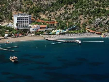 Marmaris,Den 40 Km Uzaklıkta Denize Sıfır 300 Odalı Tatil Köyü