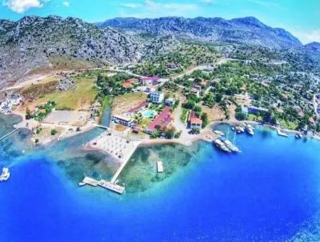 Marmaris,Den 40 Km Uzaklıkta Denize Sıfır Satılık 30 Oda Butik Otel